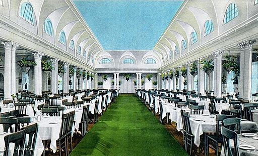 Dining Room, Royal Poinciana Hotel, Palm Beach, FL