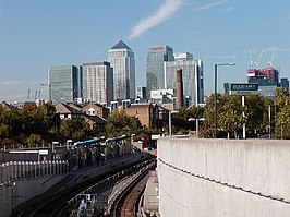 Docklands Light Railway - Mudchute Station - geograph.org.uk - 11245.jpg