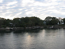 Docks at Fishers Island.jpg