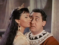 Due notti con Cleopatra - Loren-Sordi.png