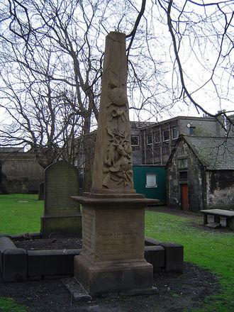 Duncan Ban MacIntyre - Image: Duncan ban mcintyre memorial