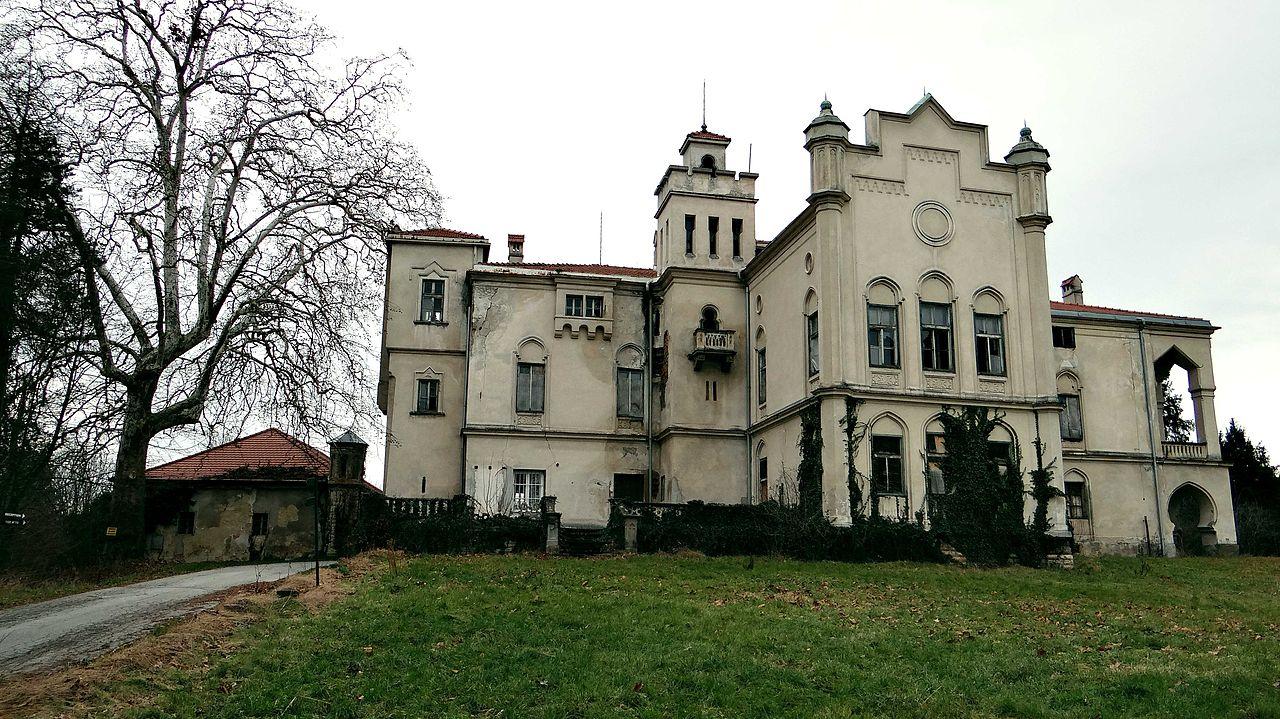 Dvorec Jelše 2014.JPG
