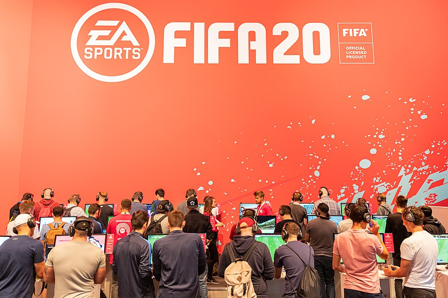 EA Sports FIFA 20 gaming Gamescom 2019 (48605678101).jpg