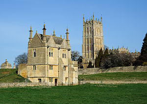 Chipping Campden - East Banqueting House and St James at Chipping Campden.