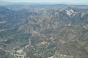 Henninger Flats - Eaton Canyon (Henninger flats in background)