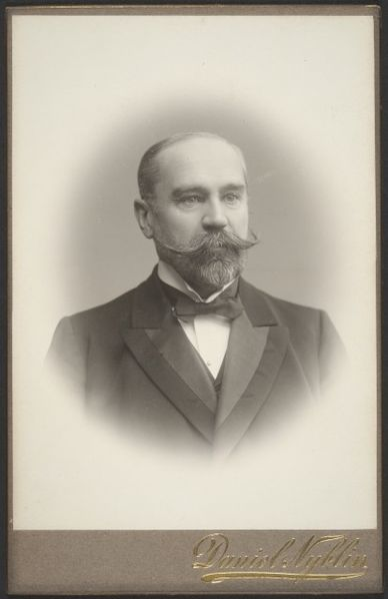 File:Edvard-Krogius-1903.jpg