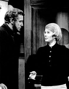 Edward Mulhare Hope Lange The Ghost and Mrs. Muir 1968.JPG