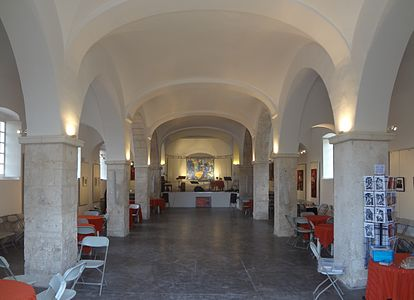 Eglise Saint Jacques de Bonifacio 03.jpg