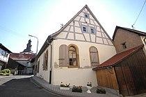Ehem. Synagoge Odenbach Giebel aussen.jpg