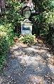 Ehrengrab Königin-Luise-Str 57 (Dahlem) Jacobus Henricus van 't Hoff.jpg