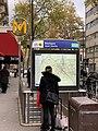 Entrée Station Métro Boulogne Jean Jaurès Boulogne Billancourt 4.jpg