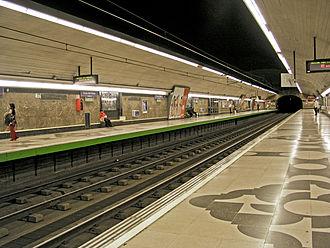 Cruz del Rayo (Madrid Metro) - Image: Estación Cruz del Rayo 01
