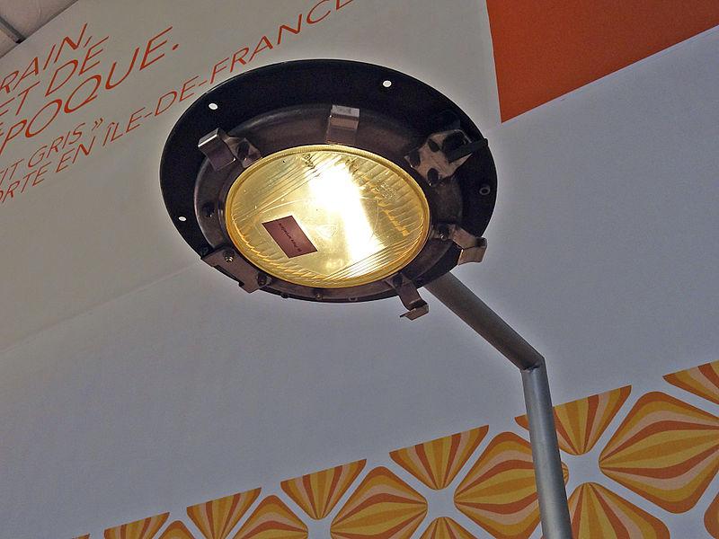 File:Exposition Paris - Le train, reflet de son époque 15.jpg