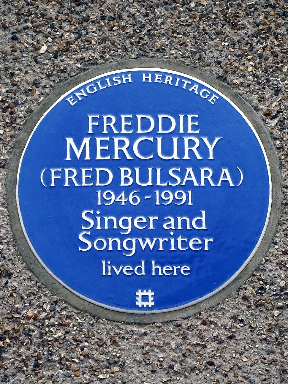 FREDDIE MERCURY (FRED BULSARA) 1946-1991 Singer and Songwriter lived here