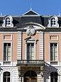 Façade centrale du Château de Buisson-Rond (2018).JPG