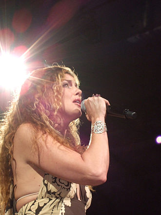 Faith Hill - In concert in Dallas on the Soul2Soul II Tour, July 29, 2006