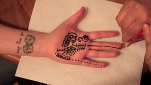 File:Final Mehndi (Henna Tattoo).theora.ogv