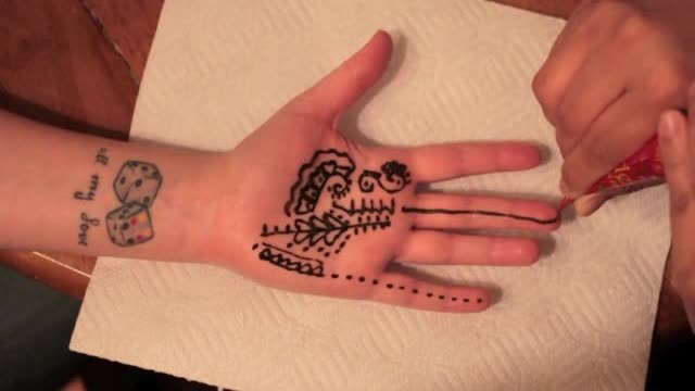 Mehndi For Thumb : File final mehndi henna tattoo theora ogv wikimedia commons