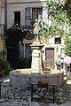 Fontaine Jeanne Arc Forcalquier 4.jpg