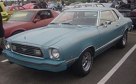 Ford Mustang II (Centropolis Laval '10).jpg