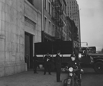 Mail truck loaded with gold leaves the New York City Assay Office, 1941. FortKnoxGold002.jpg
