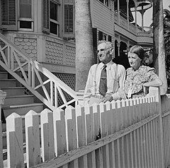 Galveston1943NHCouple.jpg