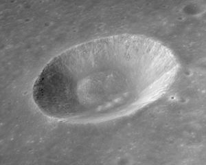 Gardner (crater) - Oblique view from Apollo 15