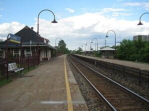 Valois station - Image: Garevalois 2