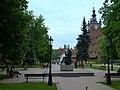 Gdańsk Stare Miasto, Skwer Heweliusza - pomnik Heweliusza i Wielki Młyn (panoramio 76387633).jpg