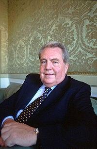 Giuseppe pontiggia wikiquote for Giardino wikiquote