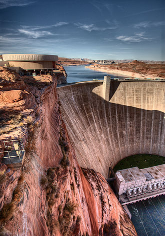 Lake Powell - Glen Canyon Dam in Page, Arizona
