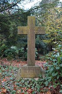 Grabstätte Adolf Quensen.JPG
