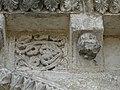 Grand-Brassac église sculptures portail nord détail (19).jpg