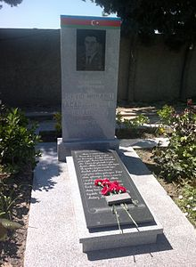 Grave of Mubariz Ibrahimov at the II Alley of Honor.jpg