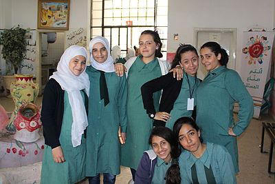 Group of secondary school girls (23361138282).jpg