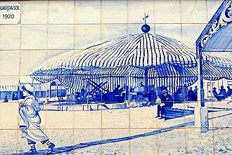 Avenida dos Banhos - Portuguese azulejo depicting Guardasol beach bar in 1920.