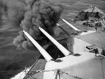 Canberra's forward 8-inch gun turrets (designated &quotA&quot and &quotB&quot) - HMAS Canberra (D33)