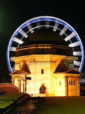Hall of Memory, Birmingham - Night view of Hall of Memory with the Birmingham Wheel (since removed) in the background