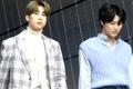 Han Seung-woo and Cho Seung-youn at Seoul Fashion Week SS 2020 03.png