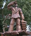 Hans-Albers-Statue HH-St. Pauli.jpg