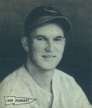 Harry Craft - Image: Harry Craft 1940 Play Ball card