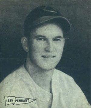 Harry Craft - Image: Harry Craft 1940 Play Ball card