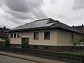 Haus mit Solarmodulen im Emmmerthal 2018 A.jpg