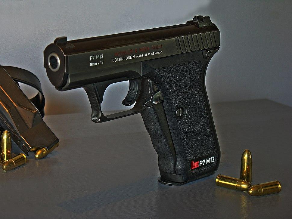 Heckler & Koch P7M13