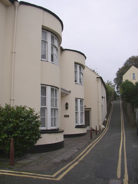 Hill House, Hermon's Hill, Haverfordwest - geograph.org.uk - 616400
