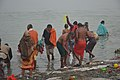 Hindu Devotees Taking Holy Dip In Ganga - Makar Sankranti Observance - Kolkata 2018-01-14 6705.JPG