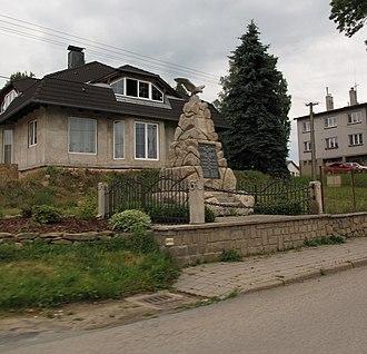 Horní Ves - Image: Horní Ves, pomník