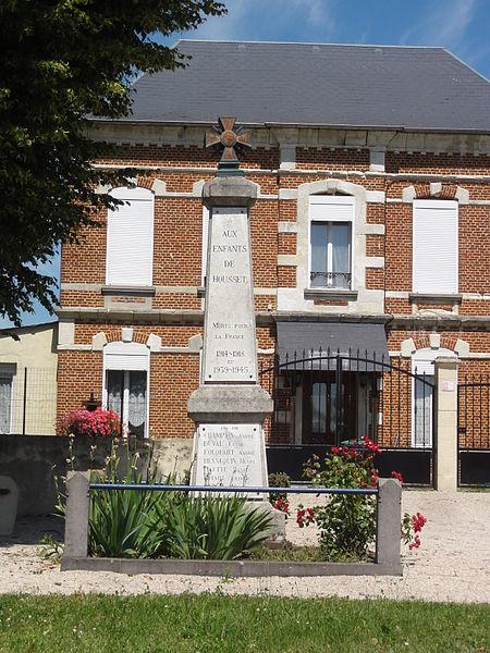 Housset (Aisne) monument aux morts