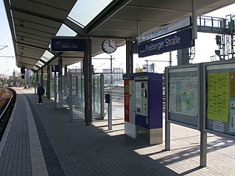 Pirna–Coswig railway - Typical features of an S-Bahn station (Dresden Freiberger Str.)