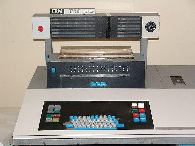 A CONTAR!!!! - Página 9 800px-IBM1130_console